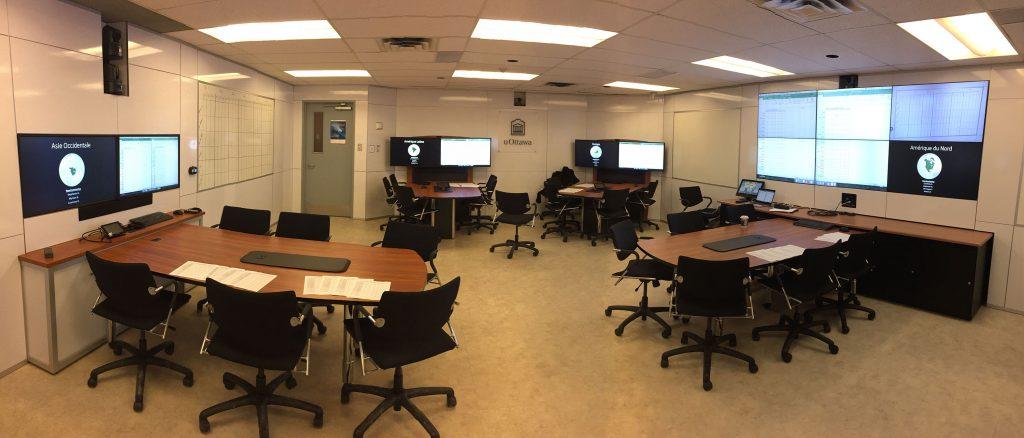 Photo de la salle d'apprentissage actif LRP 286 à l'Université d'Ottawa.